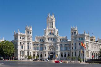 1200px-palacio_de_comunicaciones_-_07